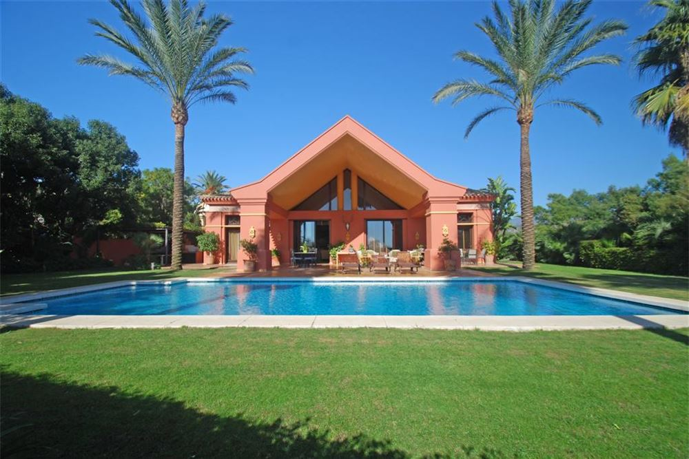 Benahavis – 5 Bedroom Luxury Villa – La Quinta
