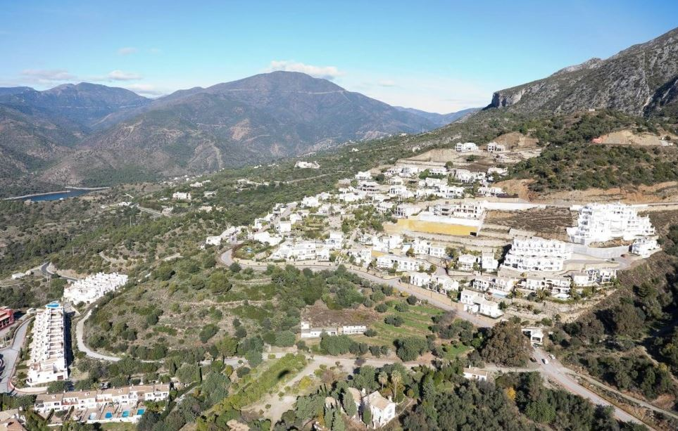Sierra Blanca Marbella – 50% Reduction – Bank Repossession