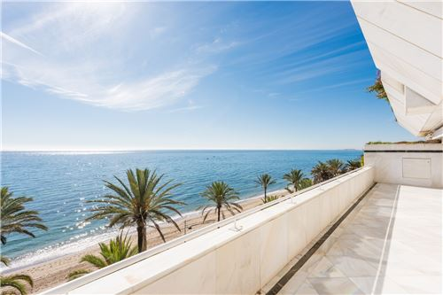 Marbella Golden Mile – Frontline Beach Property