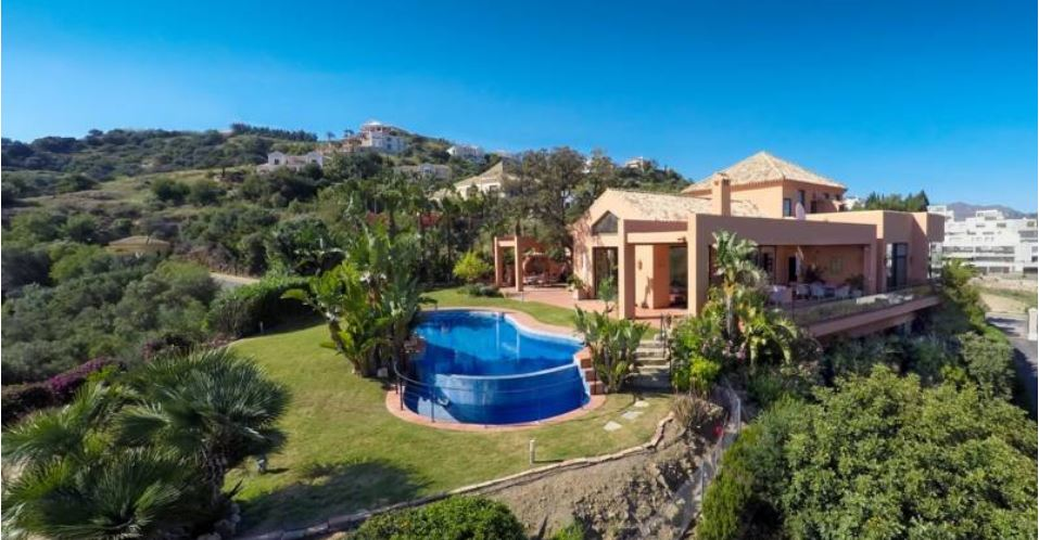 Villa Reduced by 380,000€ !!!