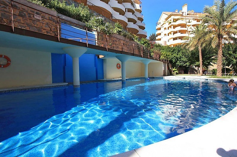 FANTASTIC 3 BED DUPLEX APARTMENT – MARBELLA WALKING DISTANCE TO THE BEACH!!!