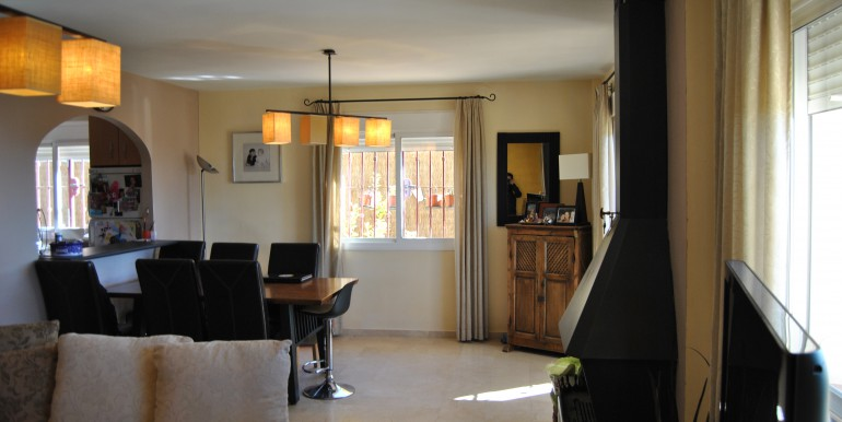 3 bed Mijas dining room