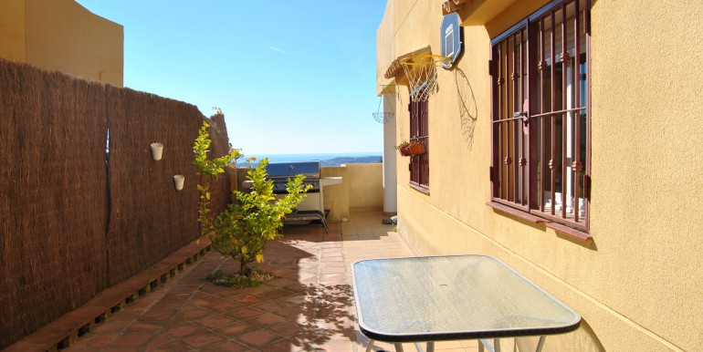 3 bed Mijas townhouse BBQ area