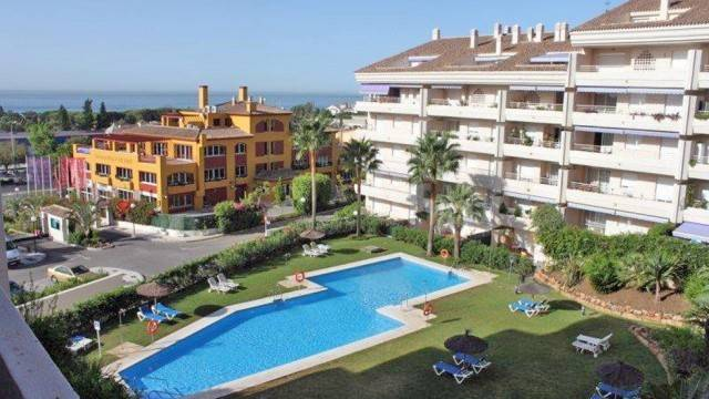 Penthouse in the Golden Mile Marbella