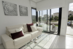 3 bed 2 bath villa in La Zenia