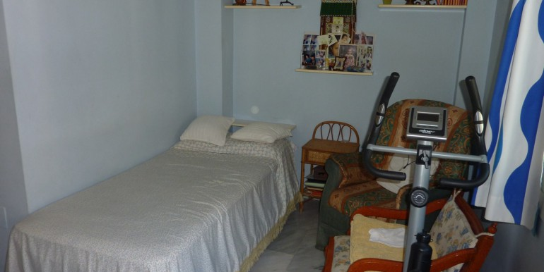 V1189_6_room 1