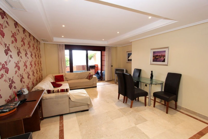 Elviria Golf Apartment