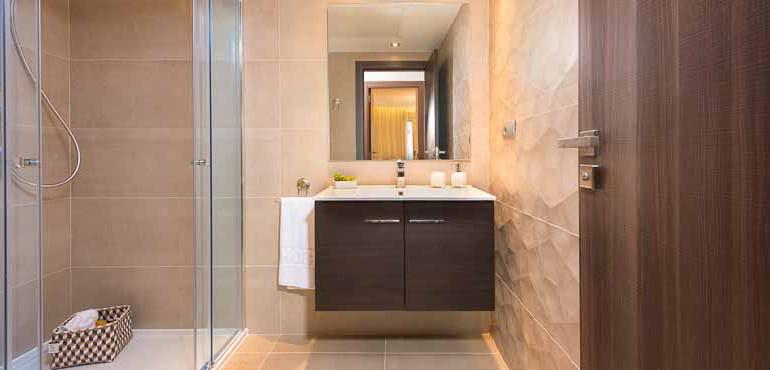 B10_Acqua_Bathroom2_JMG5542-Editar1