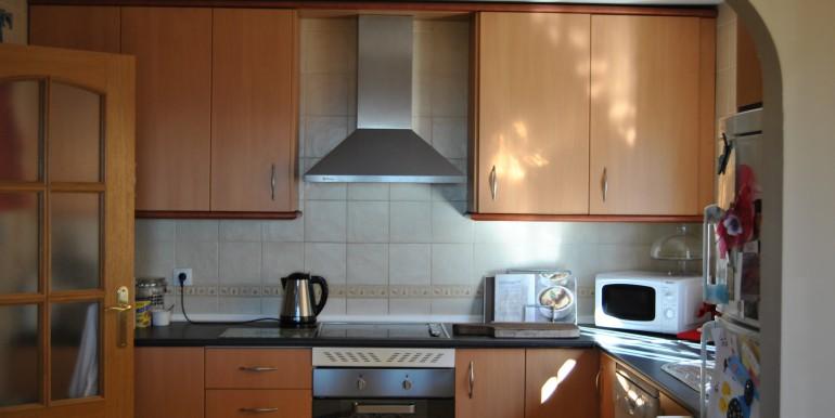 3 bed Mijas townhouse kitchen