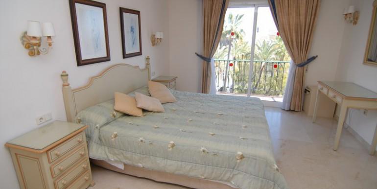 HOTA3094_5_Bedroom