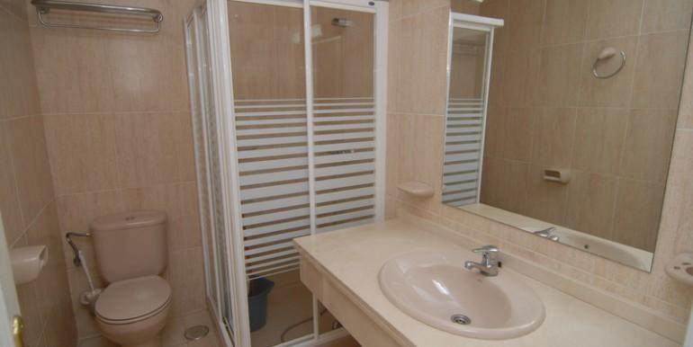 HOTA3094_9_Bathroom II