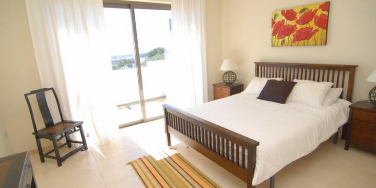 HOTPH3095_15_Master Bedroom